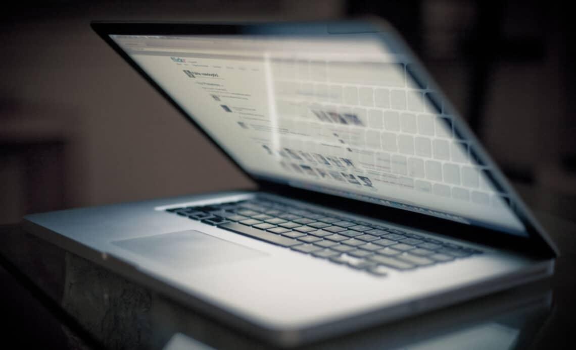 Что делать если ноутбук перегревается и выключается