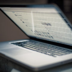 Что делать если ноутбук перегревается и выключается?